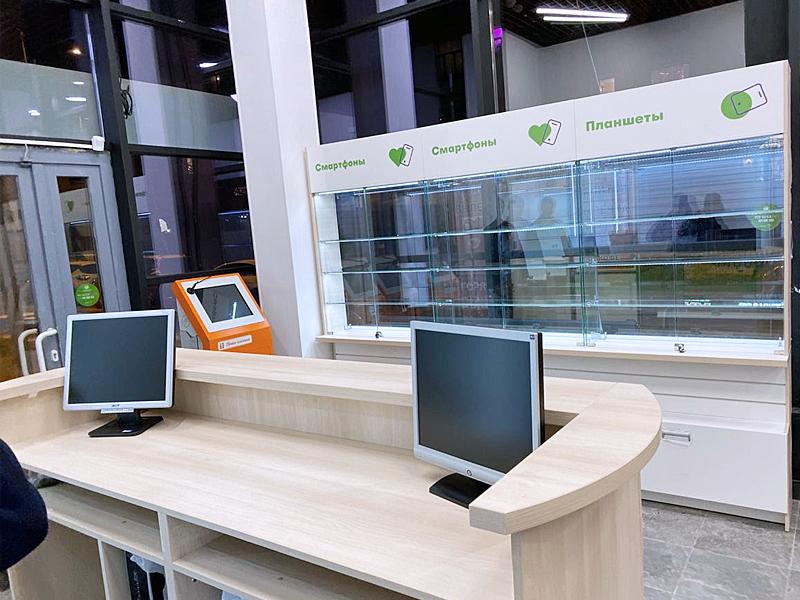торговая мебель для магазина сотовой связи