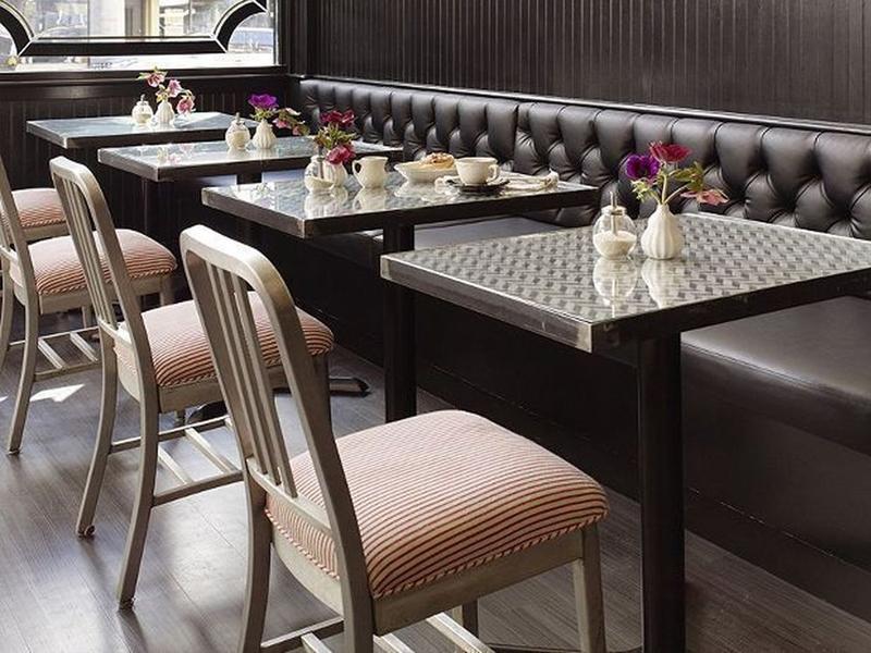 диваны и кресла для кафе