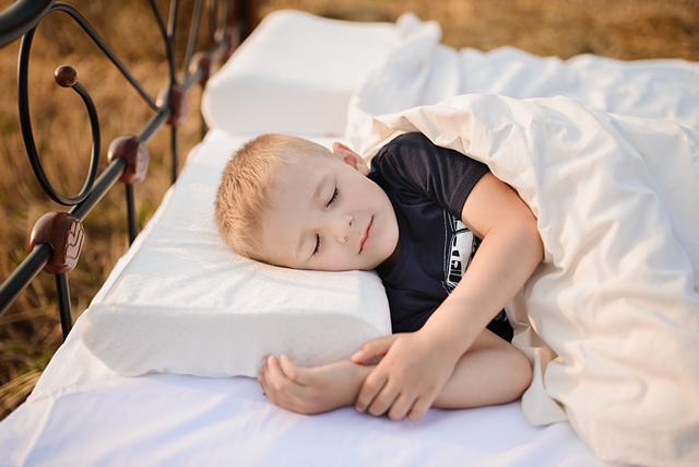 Правильный сон (анатомическая подушка)