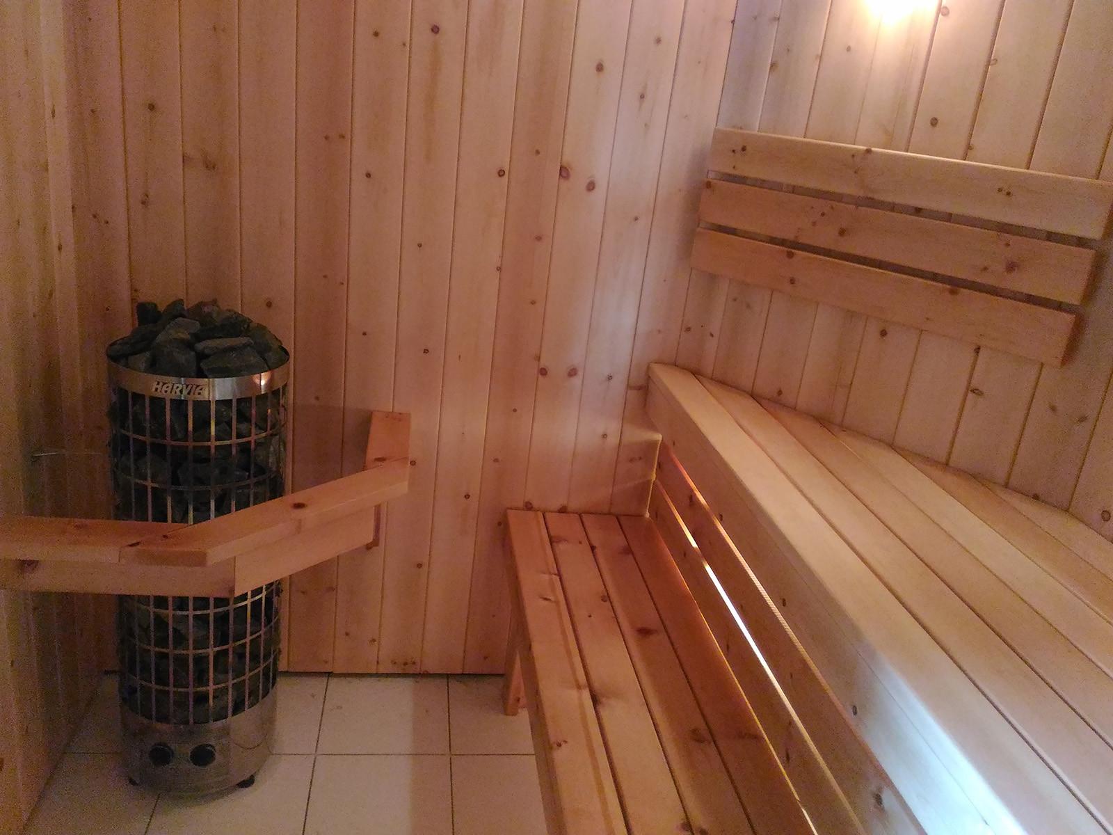 Полок для бани из кедра использование