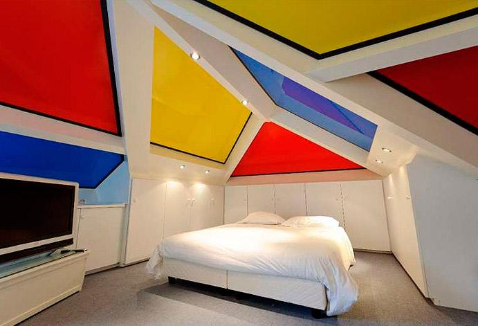 Огромная цветовая палитра натяжных потолков