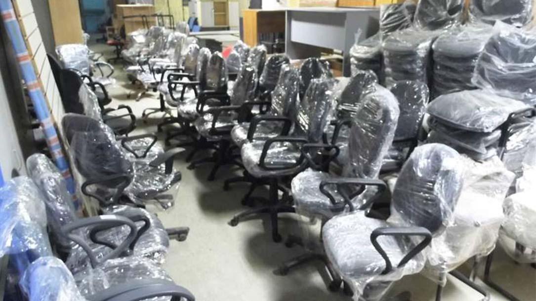 Скупка офисных стульев бу