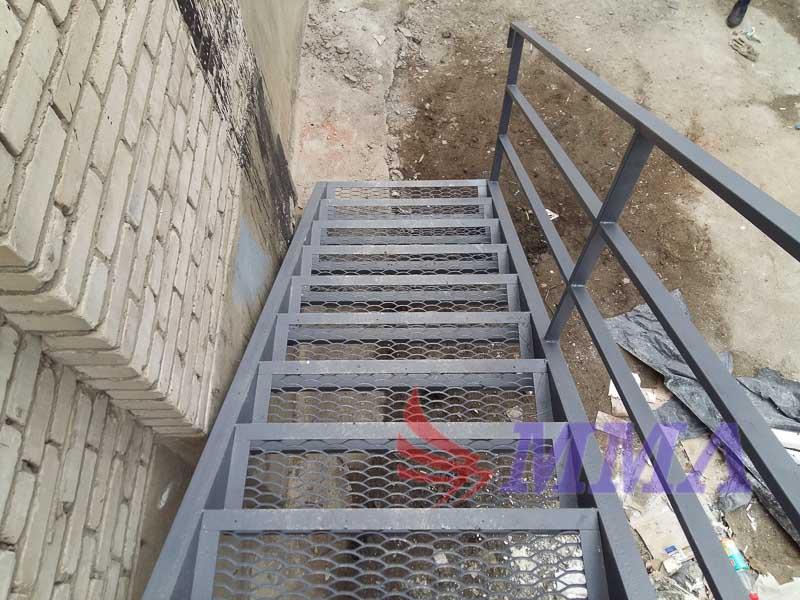 промышленная лестница, площадка, ПВЛ лист, труба,