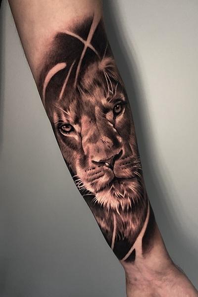 татуировка льва в Новосибирске