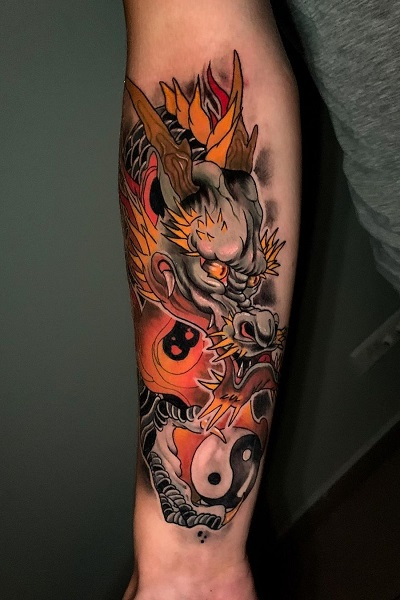 татуировка фотография эскиз мужская на плече дракон