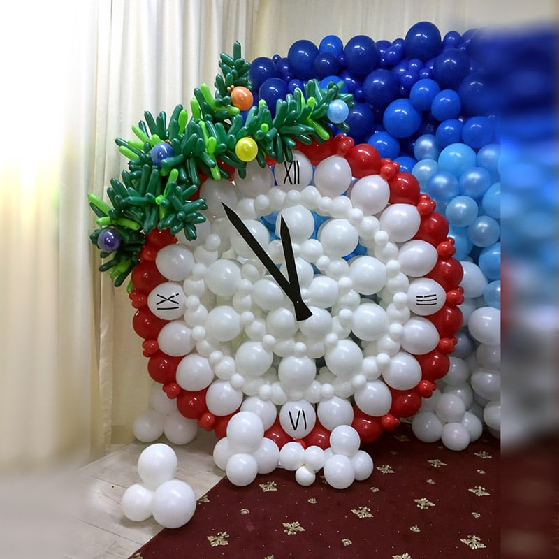 Оформление шарами Новогодние часы
