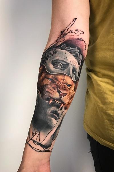 Татуировка цветного льва, тату салон/студия в Новосибирске