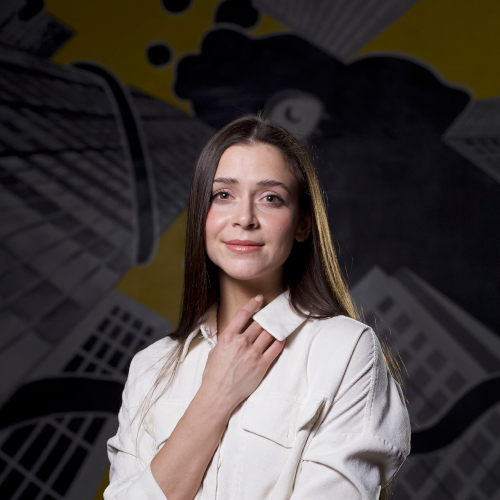 Регина Тошакова