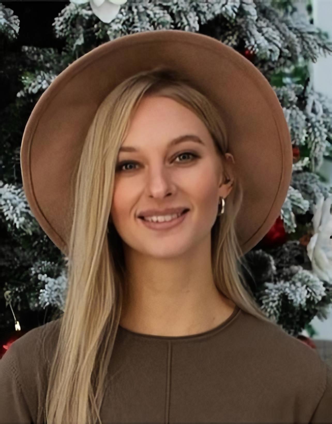 Алина Новикова в украшениях JB Brand