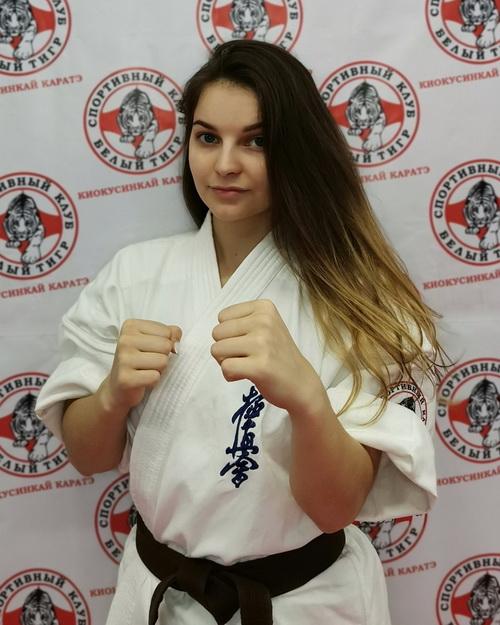 Тренер по каратэ Киокусинкай в Липецке - Лютова Екатерина