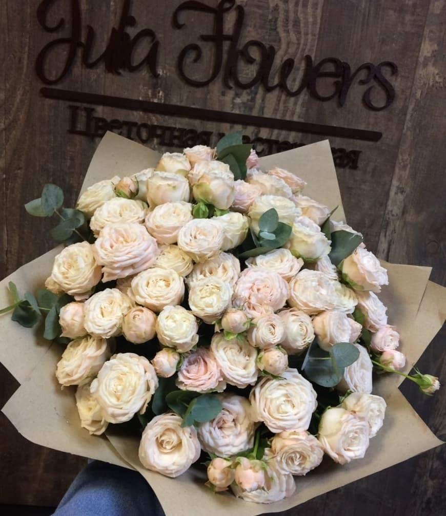 25 пионовидных роз Бомбастик