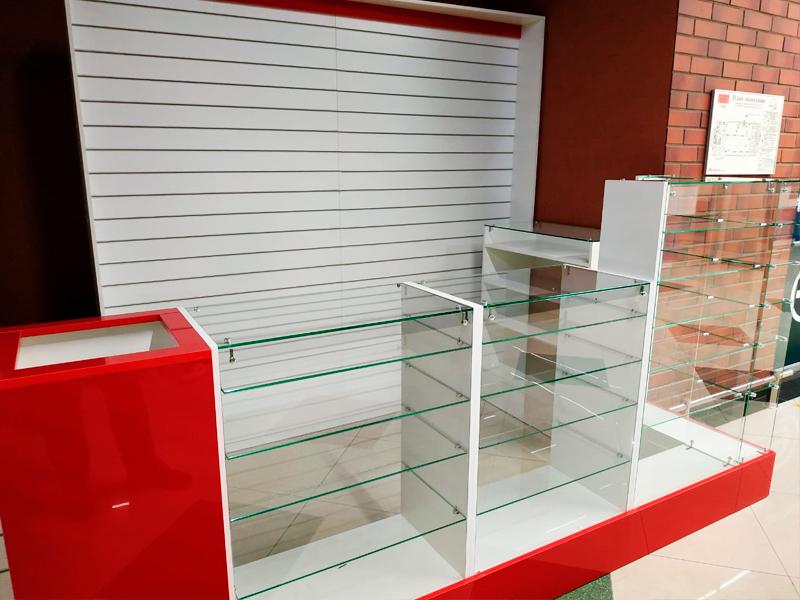 торговая мебель для отдела подарков и упаковки
