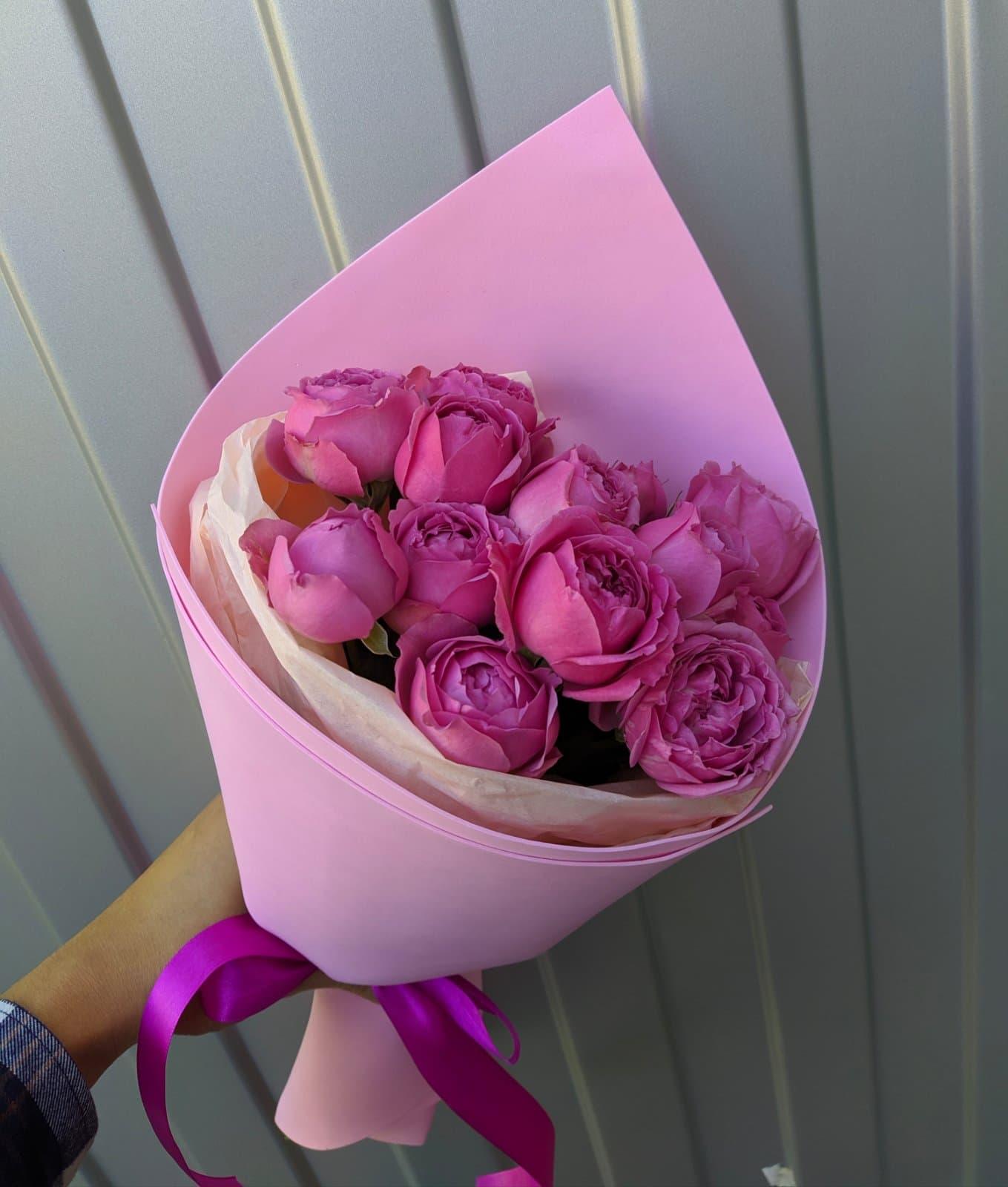 Мини букет из пионовидных роз Мисти Баблс