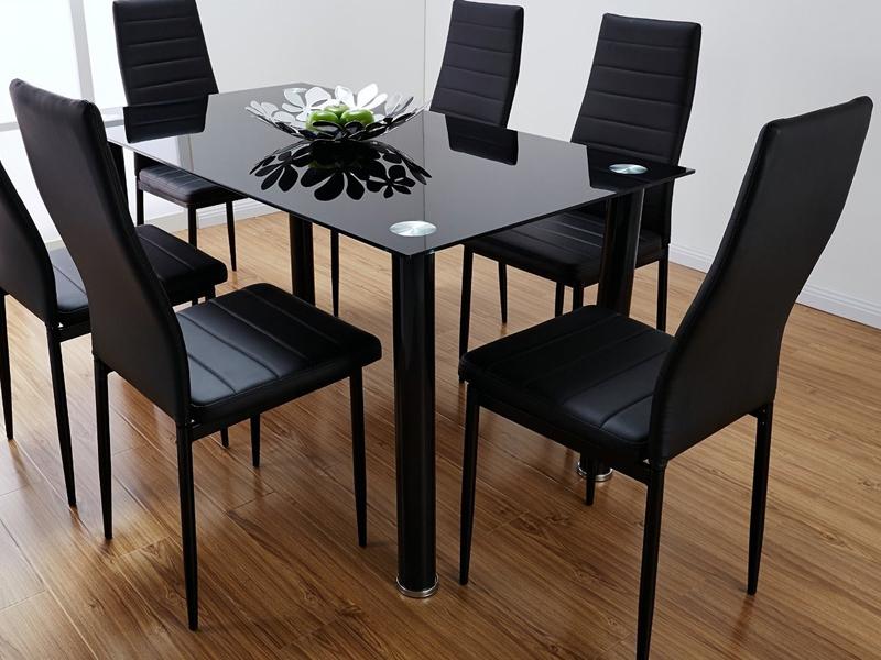 столы и стулья для кафе