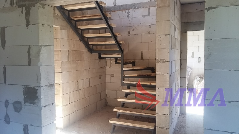 лестница, каркас, забежные ступени, поворотные ступени,