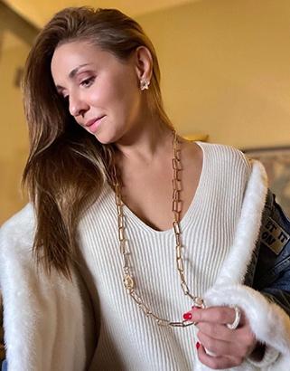 Татьяна Навка в украшениях JB Brand