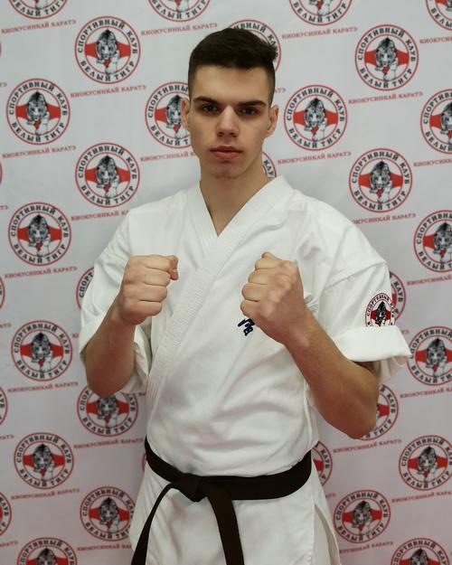 Тренер по каратэ Киокусинкай в Липецке - Лобеев Андрей