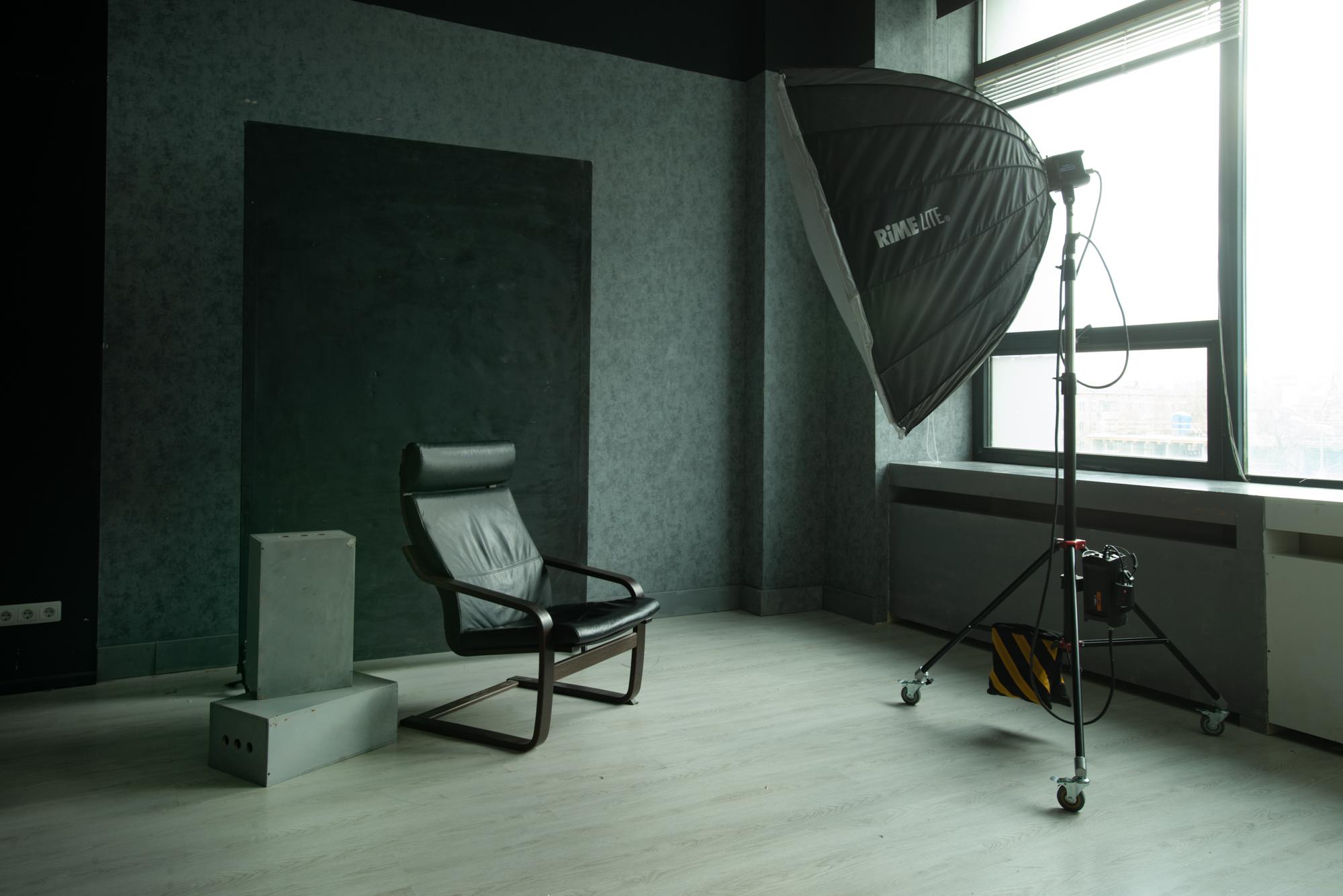 Фотозона с кроватью