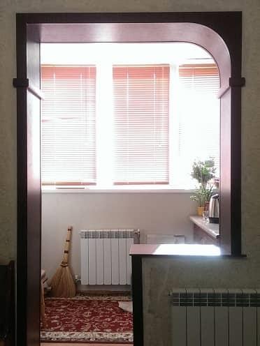 Арка на балкон со столешницей