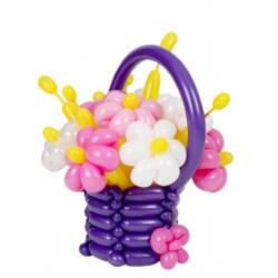 Корзина из шаров с цветами