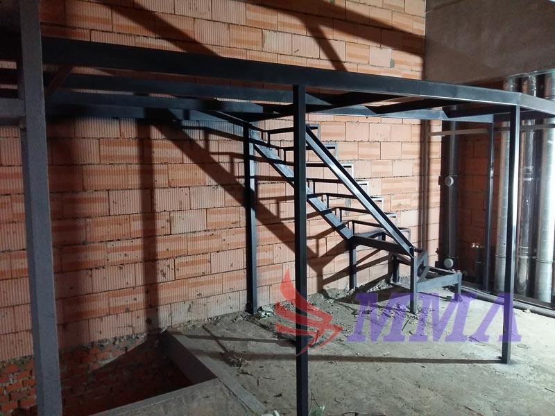 антресоль, мезонин, лестница, дополнительный этаж, таунхаус,