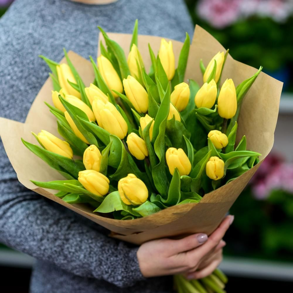 25 тюльпанов Strong Gold фото