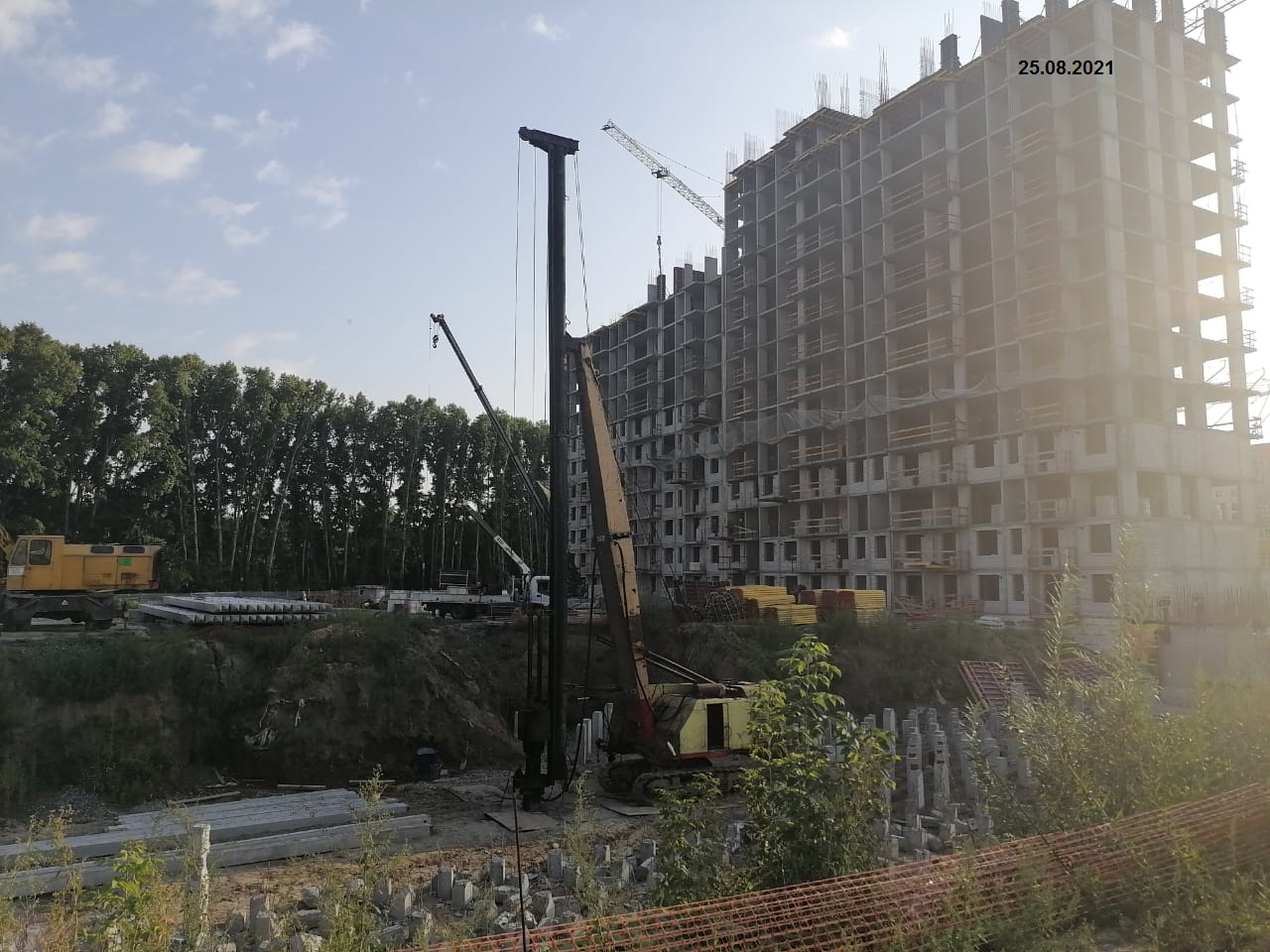 Новый дом Матрешкин двор ул.Петухова д.162стр.