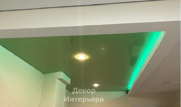 Картинка зеленый парящий натяжные потолки Красногорск от 199 руб/м2