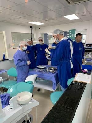 Dentists surgeons