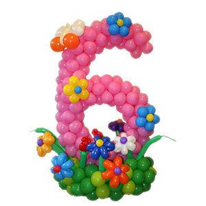 Цифра из шариков c декором