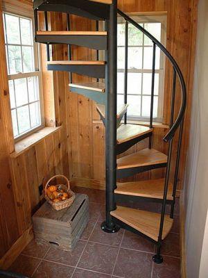винтовая лестница, на второй этаж,