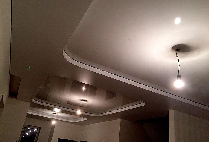 Натяжной потолок в комнате г. Красногорск
