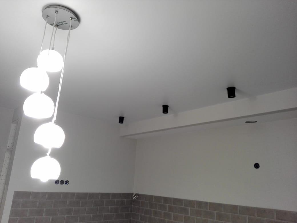 Кухня, натяжной потолок мкр 23 Зеленоград