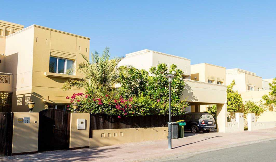 Buy, Rent and Sell Villas in The Meadows, Dubai