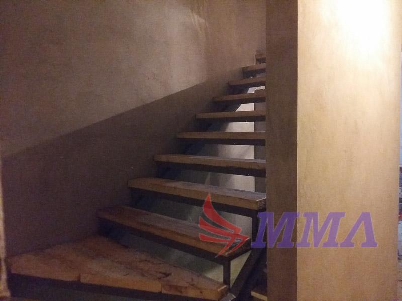 каркас лестницы, лестница в подвал, лестница из швеллера,