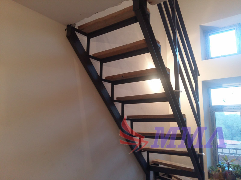 каркас лестницы, перила, ограждение,