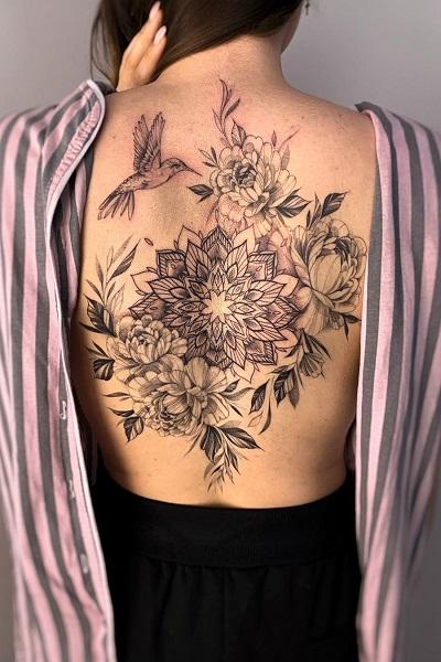 татуировка на спине женская, тату салон/студия в новосибирске