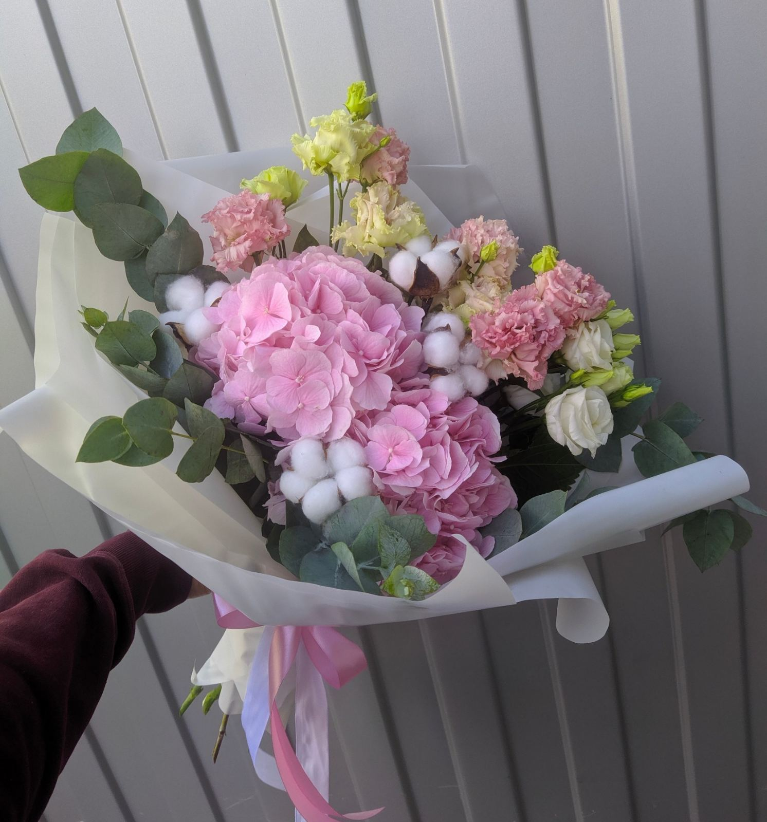 Букетик с розовой гортензией